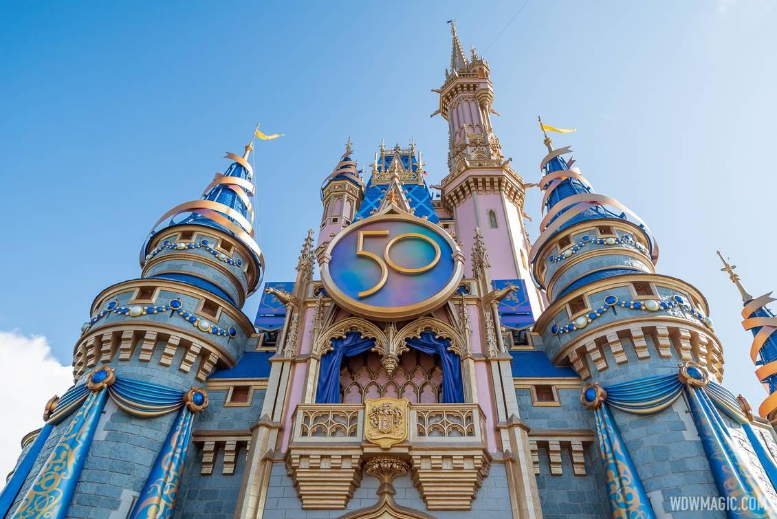 Cinderella-Castle_Full_43140.jpg
