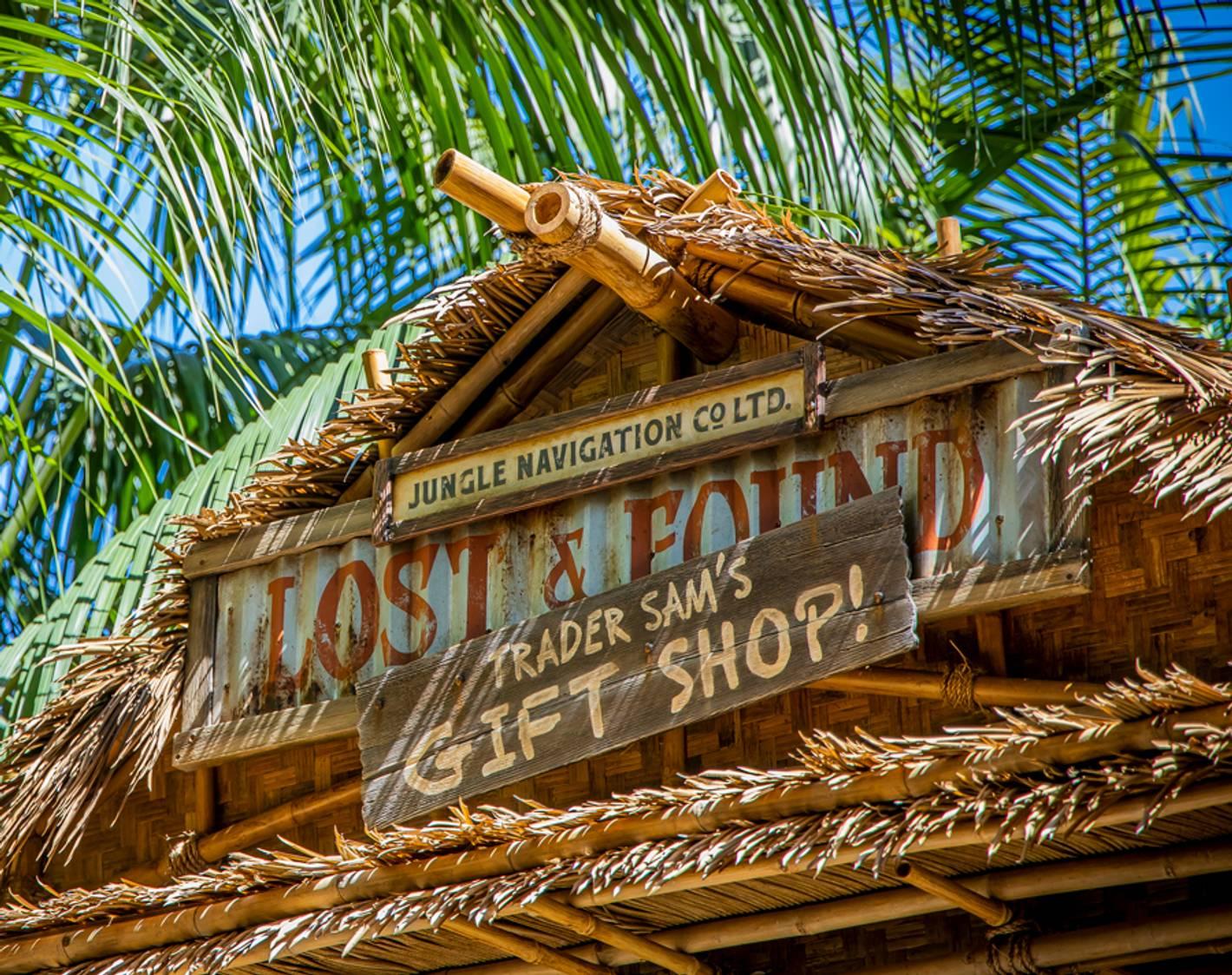 Trader Sam's Gift Shop being installed at Disneyland