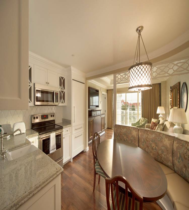The Villas At Disney S Grand Floridian Resort Opening Day Photo 5 Of 6